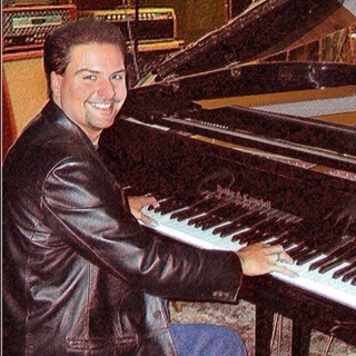 Lee Alverson, Pittsburgh Piano Man