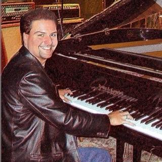 Lee Alverson, Pittsburgh Piano Man