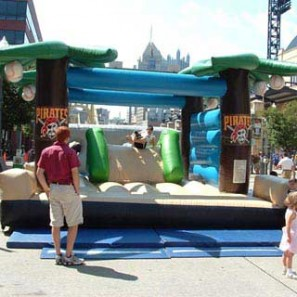 Island Obstacle Course Inflatable, Novelty