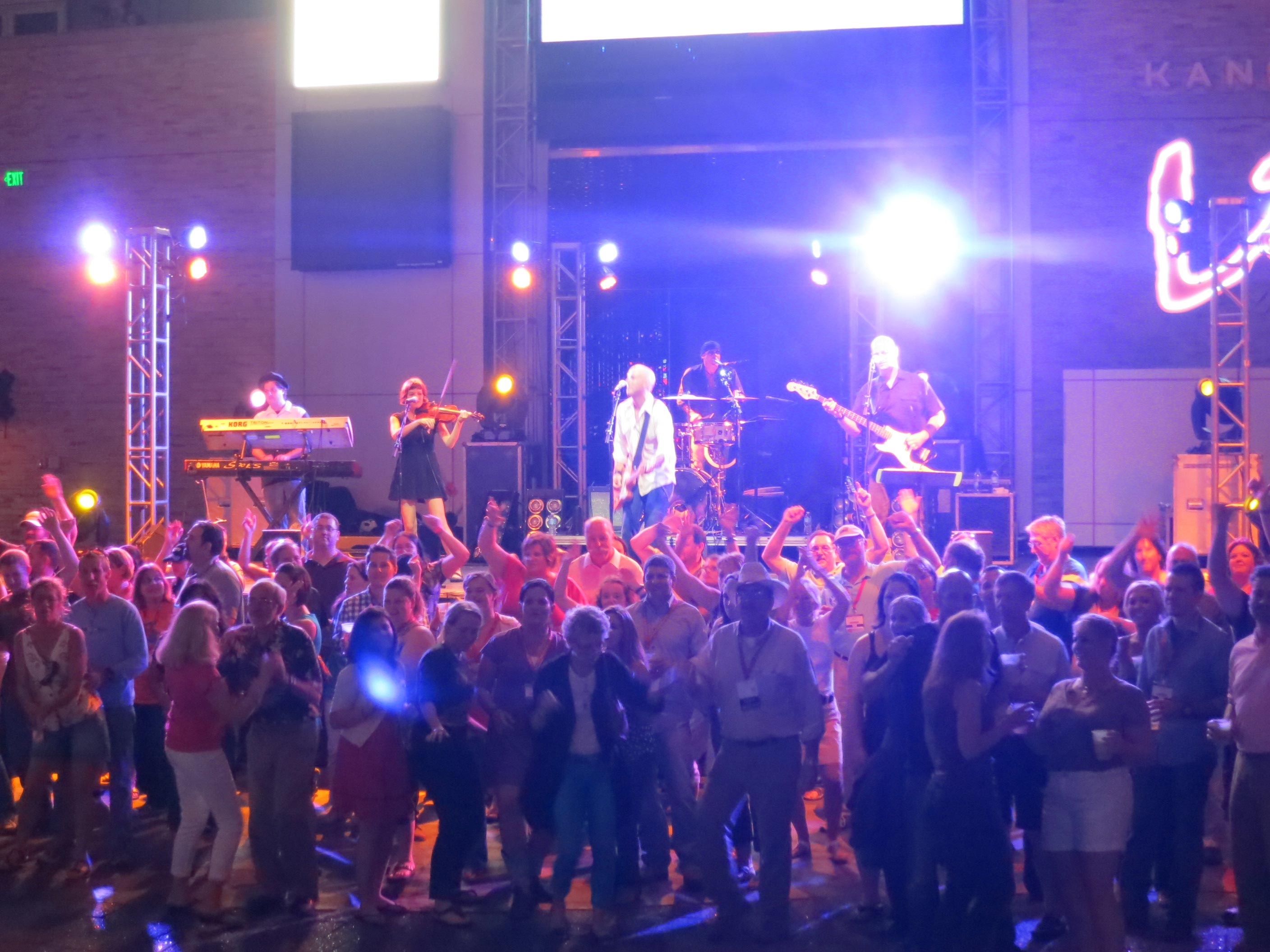Edsel West, Dance Band, Variety Music, live corporate entertainment