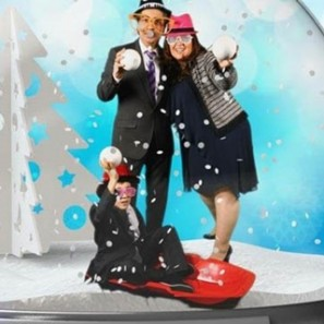 Snapshot, Photobooth, SnowGlobe, Holiday Entertainment