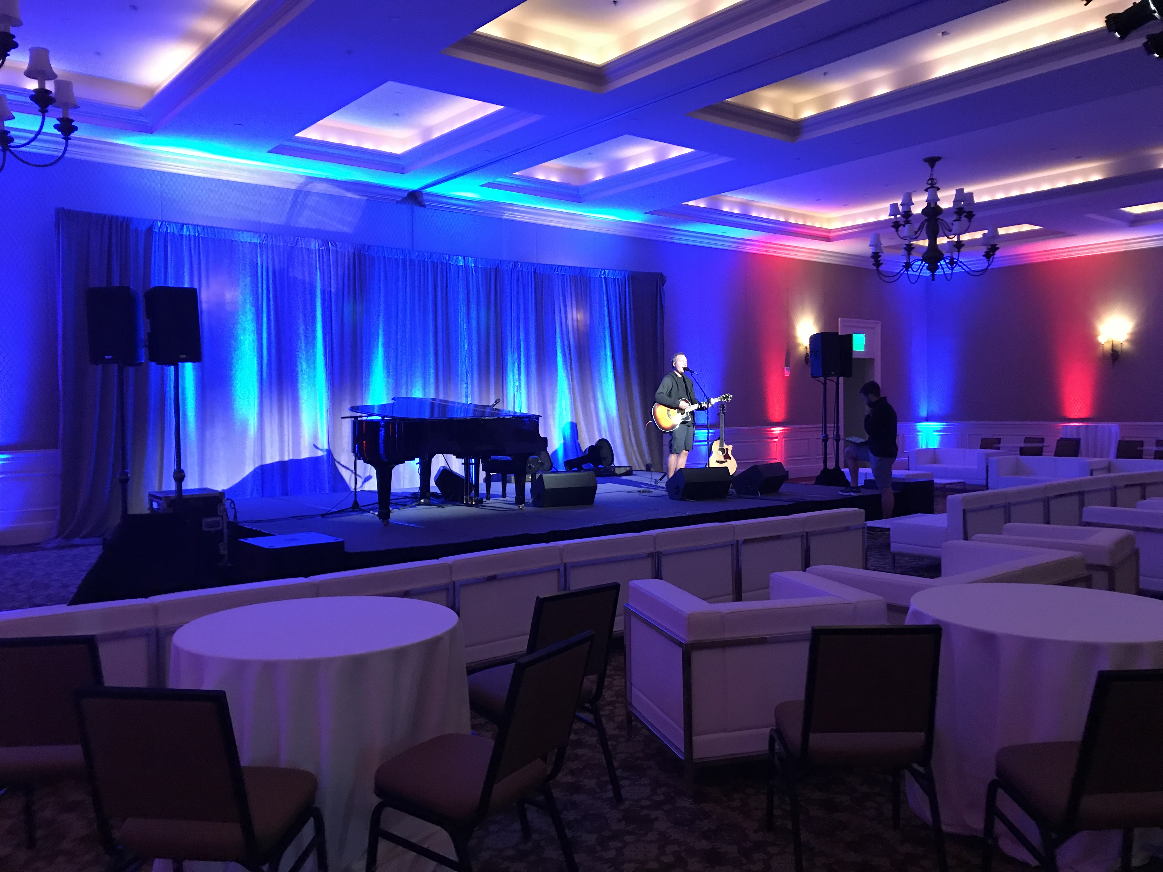 John Ondrasik, Five for Fighting, talent network inc., live entertainment, stage set-up